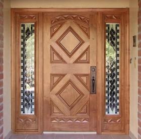 Namų durys